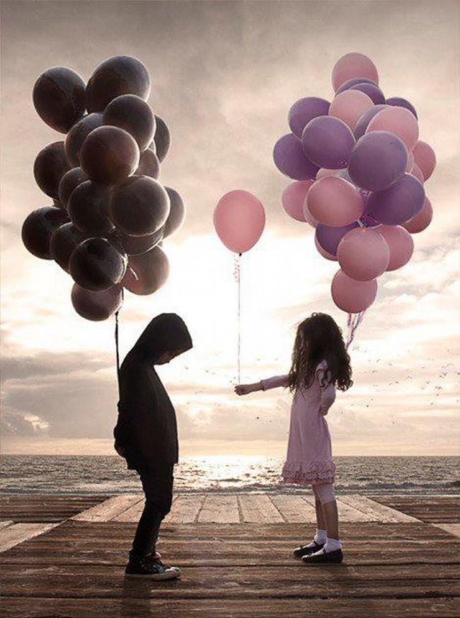 Fillette ballons